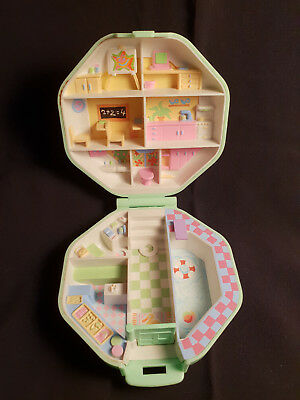 Polly Pocket Mini  Polly's School  Schule 1990