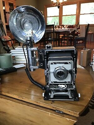 Very Nice Crown Graphic 4x5 With Star Wars 2 Cell Flash And 127mm Ektar In Super