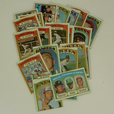 Lot of 24 - 1971 Topps Chewing Gum, Inc. Baseball Cards one has a cut error