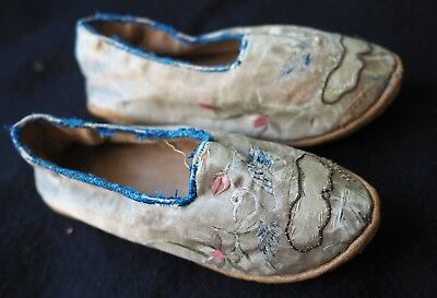 Antique Chinese Silk Embroidered Shoes - Hangchow Girls School c.1870 Hangzhou