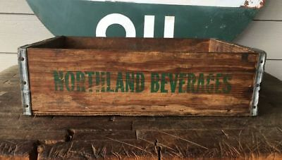 Vintage NORTHLAND BEVERAGES, INC Wood Soda Crate Mankato Minn.