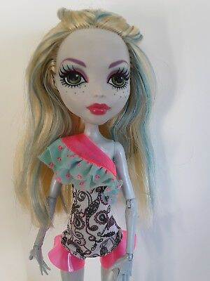 Monster High Dolls Lagoona Blue Make a Splash Excellent used condition