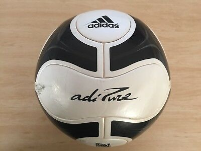 * Adidas adiPure Soccer Ball Football: Size 5 (Competition Size) = FIFA Approved