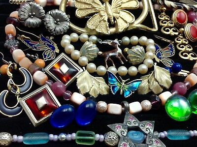Lot Of Vintage/retro Costume Jewelry Goldette, Leru, Avon...   (E107)