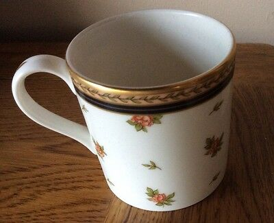 Royal Doulton Lauren - Small New Romance Cup