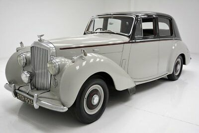 Bentley R Type  Beautiful Saloon Drives as New Rare Example