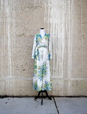 70s Maxi Dress | White Floral Dress with Long Sleeves | Size Small | Bridesmaid
