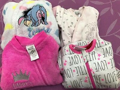 Baby girl Winter Jumpsuits and sleeping bag Size 0000 LOT OF 4