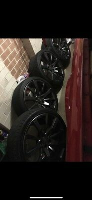 Hsv Ve E3 Sv'S Wheels And Tyres