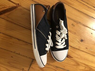 d81cfbe7f Women s Guess Sneakers Size 8.5