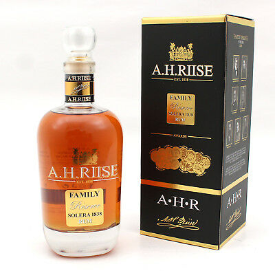 A.H. RIISE - Family Reserve - Solera 1838 Rum - Decanterflasche Geschenkpackung