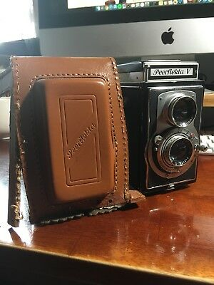 Welta Peerflekta V TLR Antique Camera 1956 w/ Original Leather Camera Case