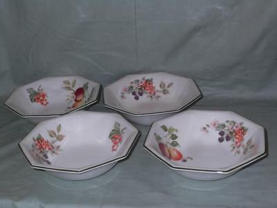 """4 Johnson Brothers Fresh Fruit Soup or Cereal Bowls 7"""""""