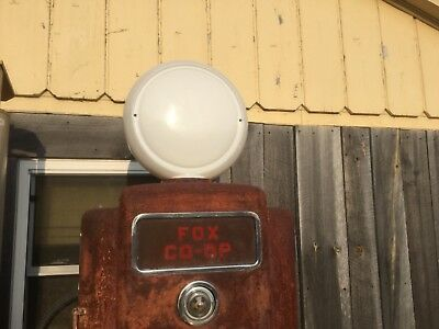 VINTAGE ORIGINAL GULF Gas PUMP Globe Original Milk Glass Globe  NO CRACKS