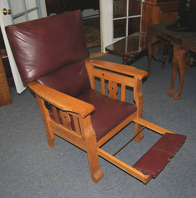 Arts & Crafts Mission Style Leather Golden Oak Armchair With Extending Footrest