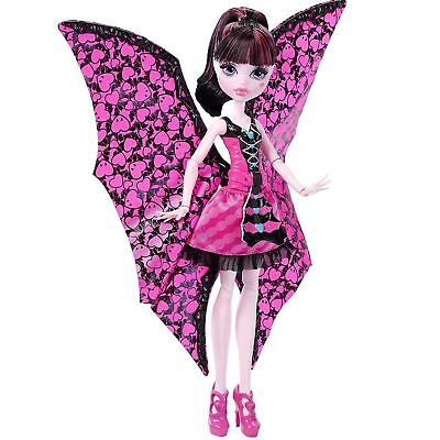 Monster High Draculaura Ghoul to Bat Transformation Doll