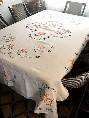 Vintage Large Table Cloth Hand Embroidered 1930s Linen Daffodils Flowers