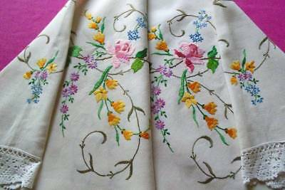 Exceptional Hand Embroidered Vintage Linen Tablecloth ~ Country Garden Flowers