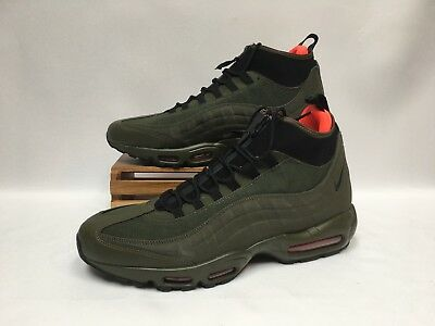 762a18d8f9e2 ... hot sale online 6d1be 035c7 Nike Air Max 95 Sneakerboot Dark Loden  Green Crimson 806809- ...