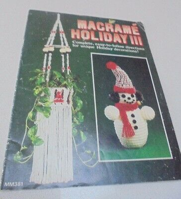 MM381 Macrame Book Holiday III Macrame Christmas-Holiday Prjts Santa, Tree Dec