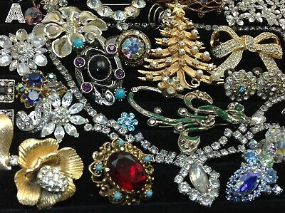 Large Lot Of Vintage~Retro Rhinestone, Crystal.. Jewelry For Repair, Parts (E45)