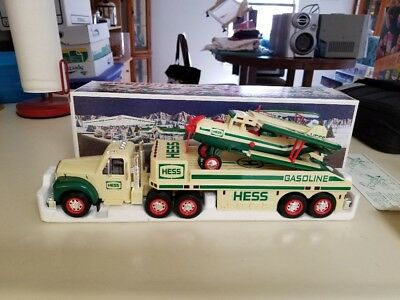 2002 Hess Toy Truck and Airplane Lights Ramp Motorized Plane Battery Operated