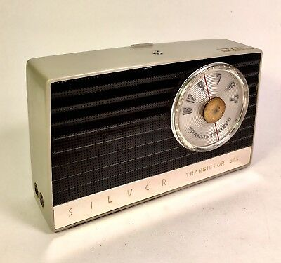 Rare And Early SILVER 6T-1 Transistor Radio Japan -  HITACHI Oval Transistors