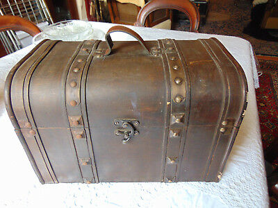Leather And Wood Small Trunk – Note Size
