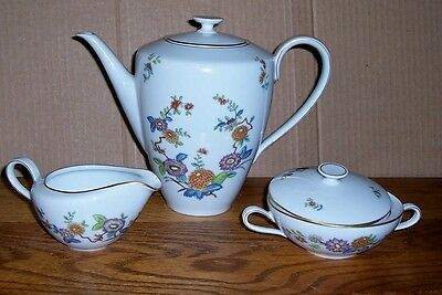 """Hutschenreuther Floral Tea / Coffee Pot Cream And Sugar Pot Is 5-6 Cups 8.5"""""""