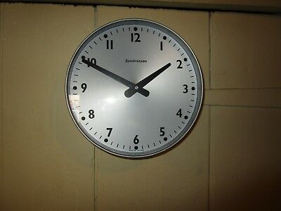 Vintage / Retro 1980 dated Synchronome Wall Clock . Synchronome Slave Clock