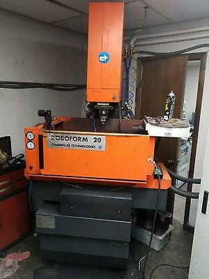 Charmilles Roboform 20 Diesink EDM Machine - Works, but being sold for parts