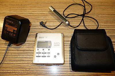 Sony- R55 Minidisc Walkman WM  Recorder Player Silber (55) + FB + NT + Tasche
