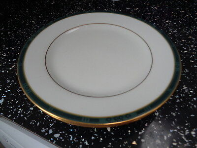 Boots Hanover Green Side Plates X 2