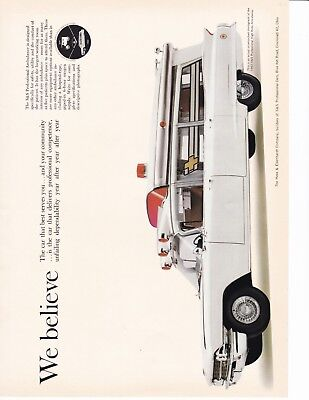 S & S Ambulance For 1962   Ad   Great Picture             7183