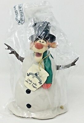 """Winnie the Pooh """"CHILLY WILLY SILLY OL' TIGGER"""" Christmas Snowman Figure - NIB"""