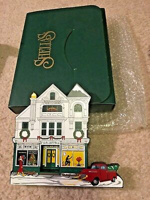 Sheila's Collectibles Wooden Made in USA  New W/Original Box House Seven Arts MA