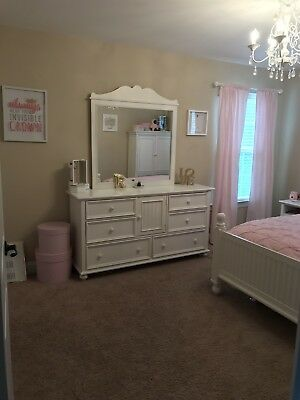 STANLEY FURNITURE YOUNG America 8 Piece Girls Bedroom Set In White