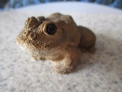 Vintage Stone Critter Frog Toad figure Collectible Littles