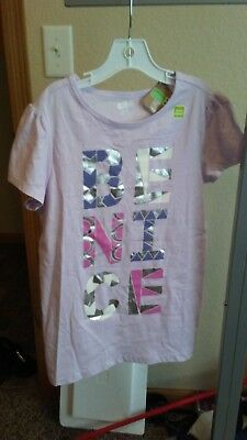 By Crazy 8.  A Graphic Pastel T-Shirt.  Size 14 (XL) Girls