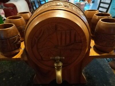 * Vintage Hand Carved Wood Keg Drink Dispenser With Stand and 6 Wood Cups