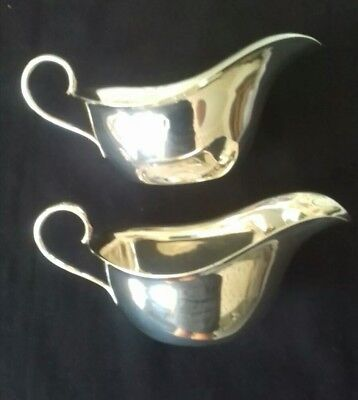 Matching Pair of Vintage Silver Plated Sauce Boats by Winsor Bishop Norwich