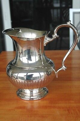 Beautiful Heavy Ornate Oneida Silver Plated Water Pitcher With Ice Guard