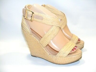 7c5aab3b4ba3 Steve Madden Women s Shoes Beige 7 Haywire Wedge Platform Heels Sandals  Buckles