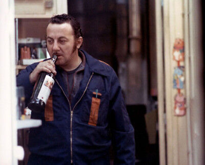 Tchao Pantin UNSIGNED photographs - M1387 - Coluche - NEW IMAGE!!!!