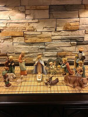 HUMMEL Goebel 13 PC NATIVITY SET #214 large in great pre-owned condition!
