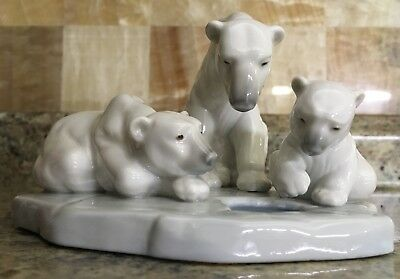 Lladro Bearly Love Polar Bear Porcelain Figurine 1443 Without Box