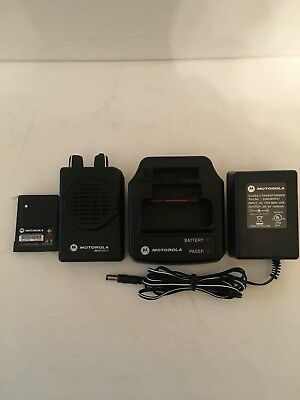 MOTOROLA MINITOR V 5 UHF BAND PAGERS 470-478 MHz 2-FREQUENCY STORED VOICE