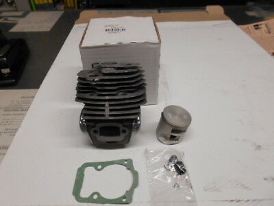 Husqvarna 562xp cylinder and piston new up dated style 575355805  OEM