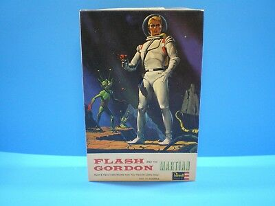 Flash Gordon & the Martian Model Kit 1965 original by REVELL in nice condition