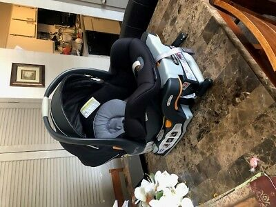 Chicco Car Seat Infant Keyfit 30 Magic Black - Gray